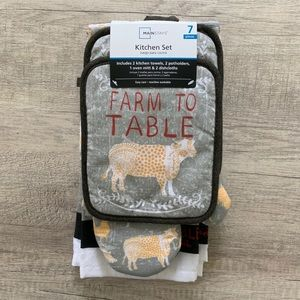 NWT! 7-Piece Farm to Table Kitchen Linens Set